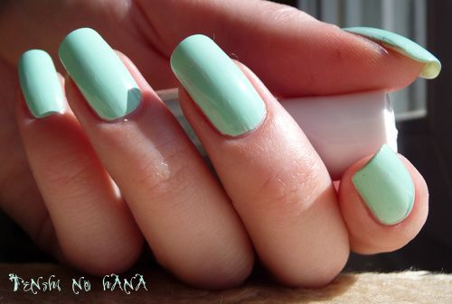 Essie Mint Candy Apple 1