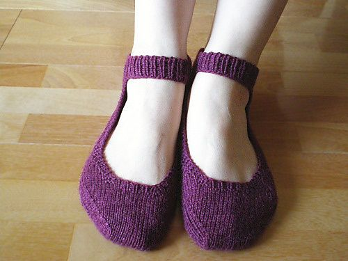 Comfort_Slippers_1_medium-1-.jpg