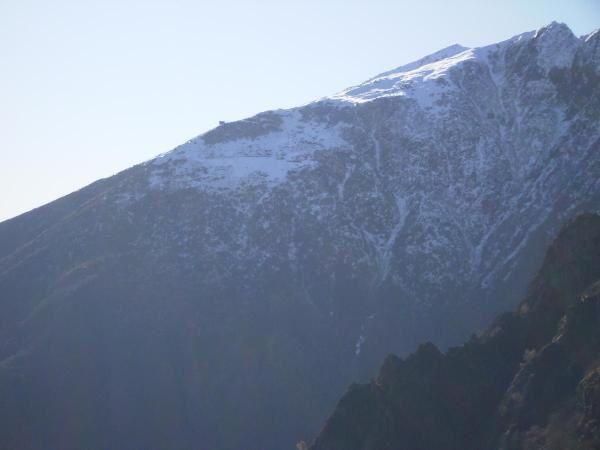 La capanna al Legn salendo al Ghiridone