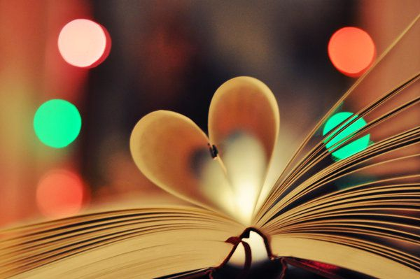 bokeh_book_heart_by_holunder-d342g3z.jpg