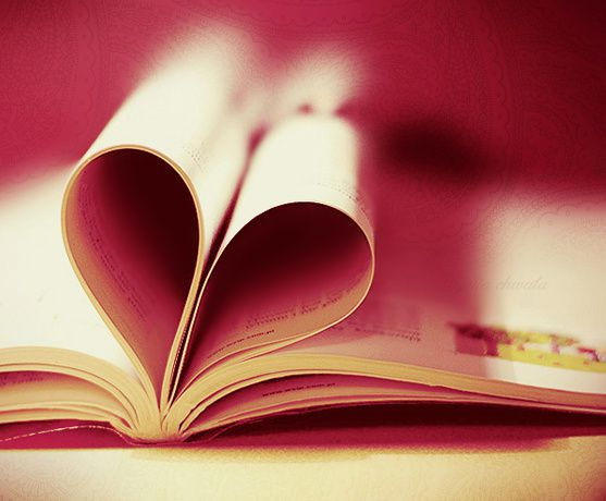 book_is_in_love__by_julkusiowa.jpg