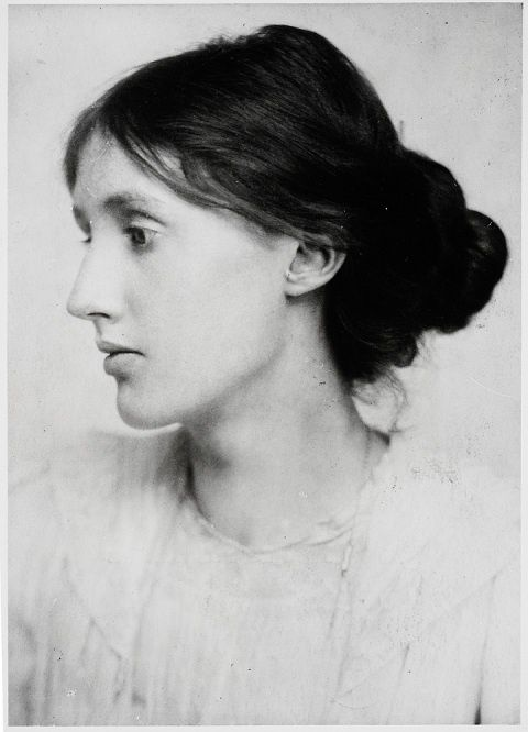 Virginia-WOOLF-tumblr_l2233rMeRp1qarjnpo1_500.jpg