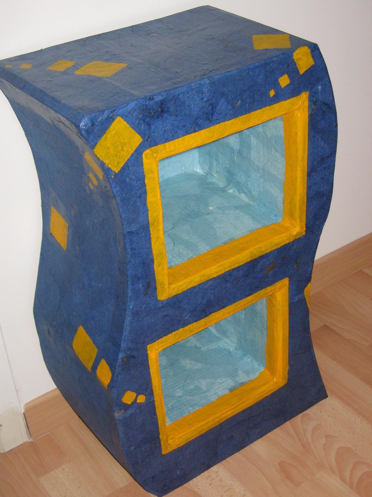 etag re en carton l 39 atelier de la coccinelle cr ative. Black Bedroom Furniture Sets. Home Design Ideas