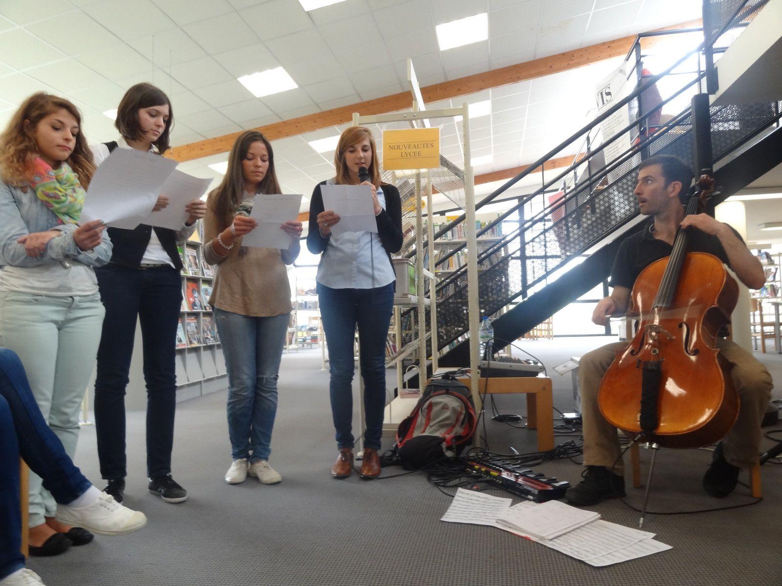 i-voix fête la fin de la saison 5 dans la compagnie musicale de GOULVEN KA.