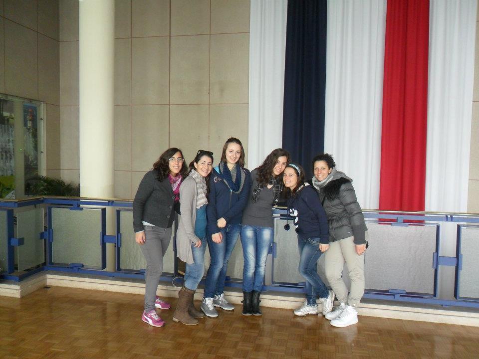 Du 23 au 28 avril 2012, 42 lycéens de Livorno ont séjourné au lycée de l'Iroise : tour de rade, cours, musée de la Fraise, exposés, balade poétique, atelier d'écriture ...