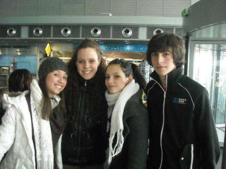 Du 1er au 6 mars 2010, 12 lycéens du Liceo Cecioni à Livourne ont séjourné au Lycée de l'Iroise à Brest, consolidé les liens avec les partenaires brestoois d'i-voix, participé à des cours et des ateliers d'écriture, visité Brest et la Bret