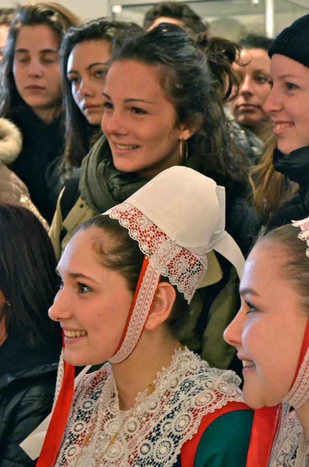 Avril 2012 : 42 lycéens italiens du Liceo Cecioni de Livorno séjournent chez leurs correspondants brestois du projet i-voix.