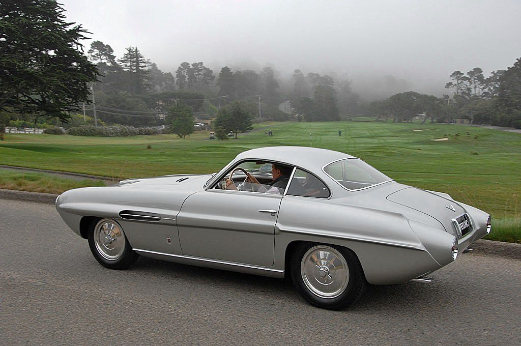voitures de legende  26    fiat 8v ghia supersonic coupe