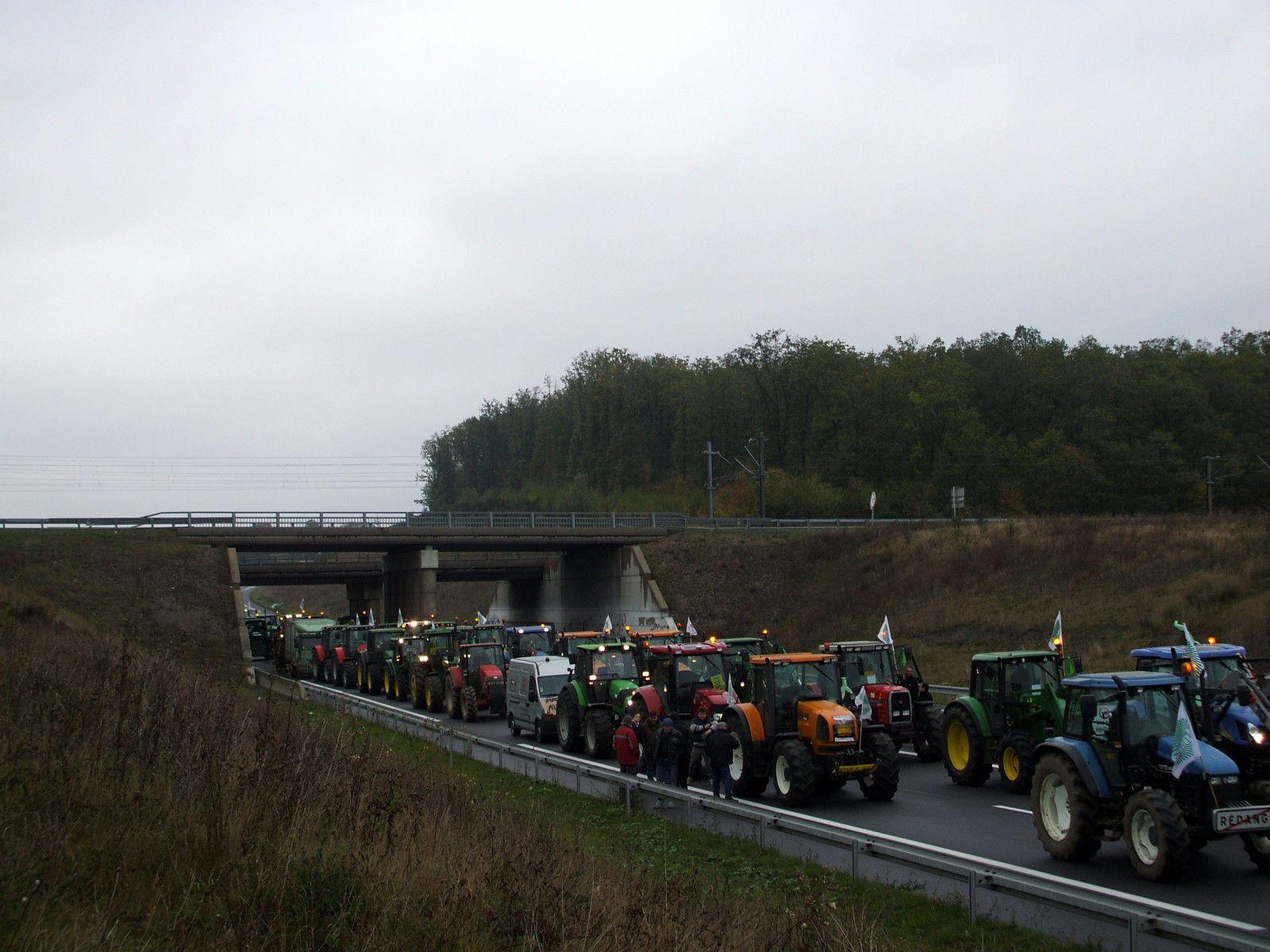 Metz lorraine 1300 tracteurs dans la ville rpl 89 2 for Chambre criminelle 13 octobre 2009