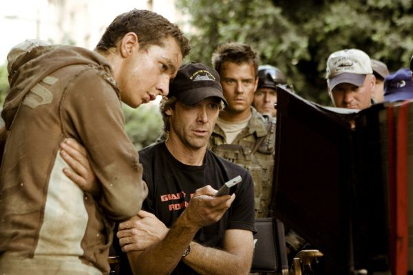 shia-labeouf-and-michael-bay-on-transformer-set.jpg