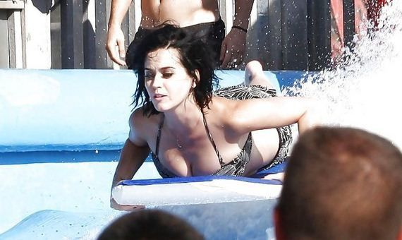 01-katy_perry1oopsfesse.jpg