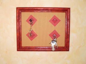 le tableau porte clefs byseverine. Black Bedroom Furniture Sets. Home Design Ideas