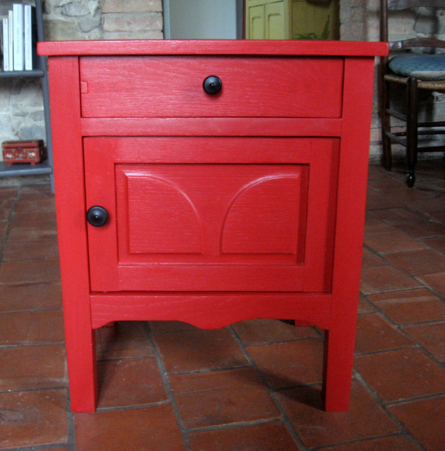 Table chevet rouge - Chevet kartell componibili ...