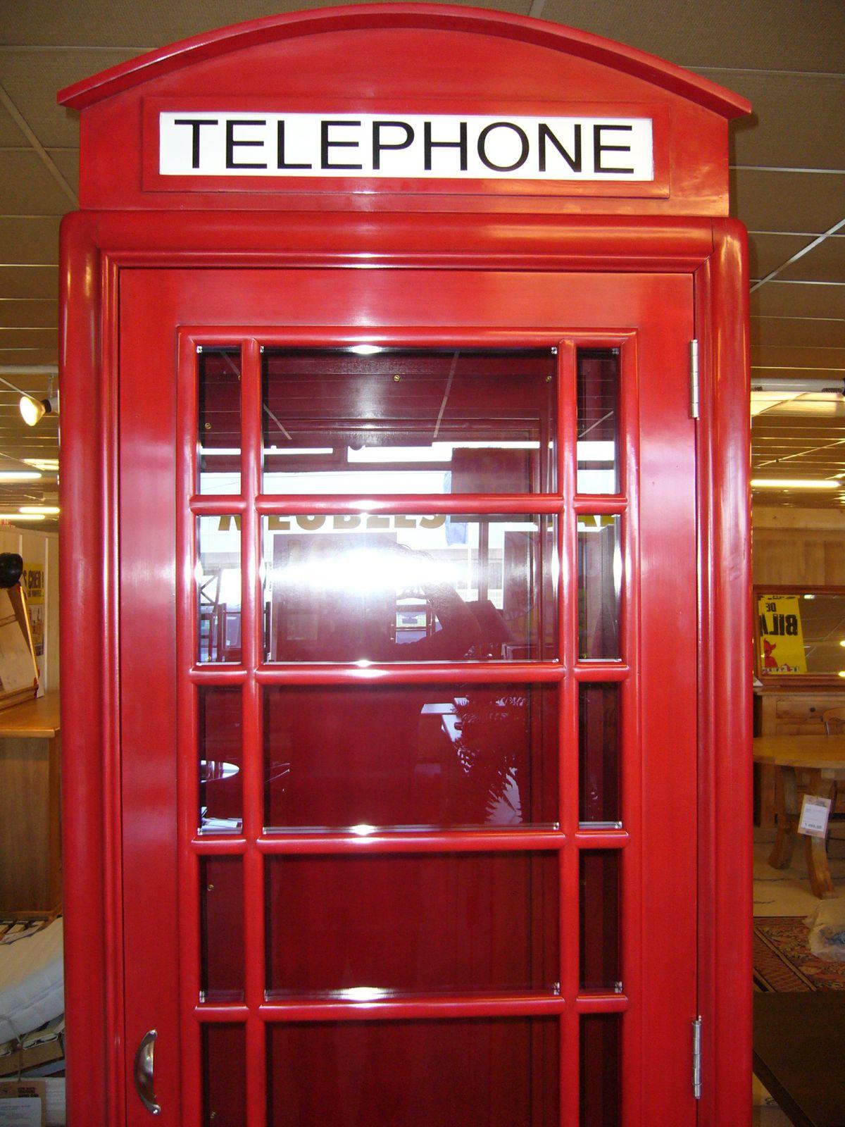 attrayant Cabine téléphonique anglaise : décorer votre maison ou votre appartement