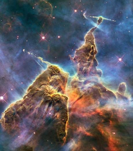 la-montagne-mystique-capturee-par-hubble_13861_w460.jpg
