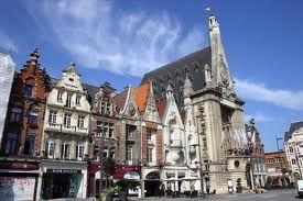 Centre-ville-de-Bethune-hotel-de-ville.jpg
