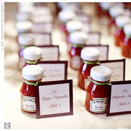 mini-ketchup-marque-place