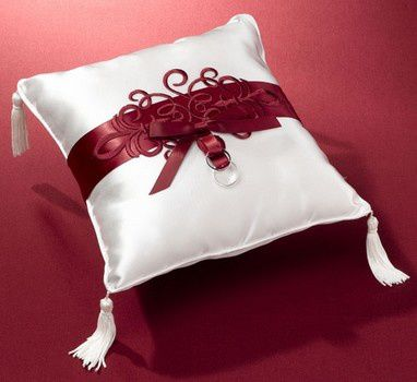 coussin-d-alliance-rouge.jpg