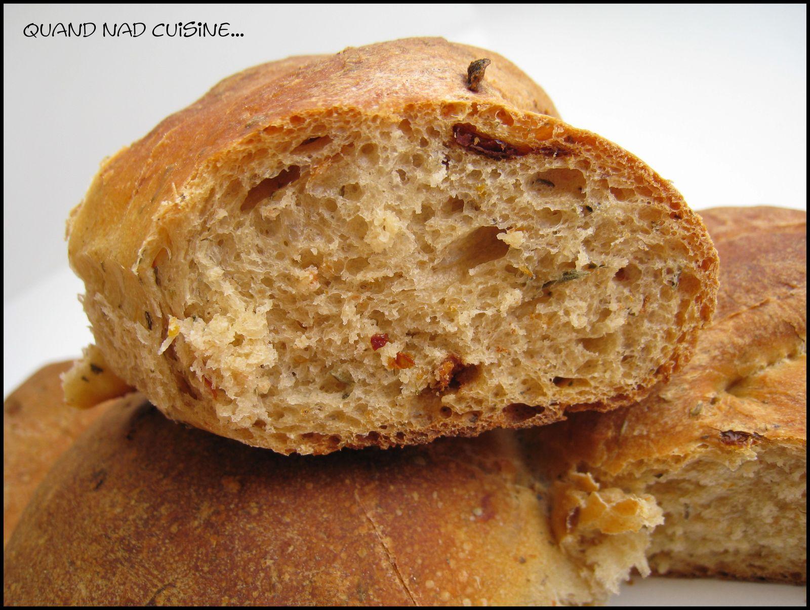 pain soleil tomate s ch e et herbres1