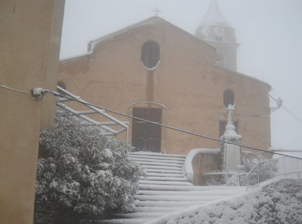 eglise neige-copie-1
