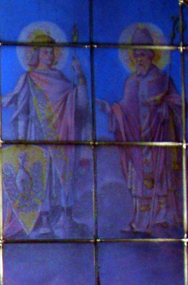 Metz 133 Vitrail 2 saints austrasiens