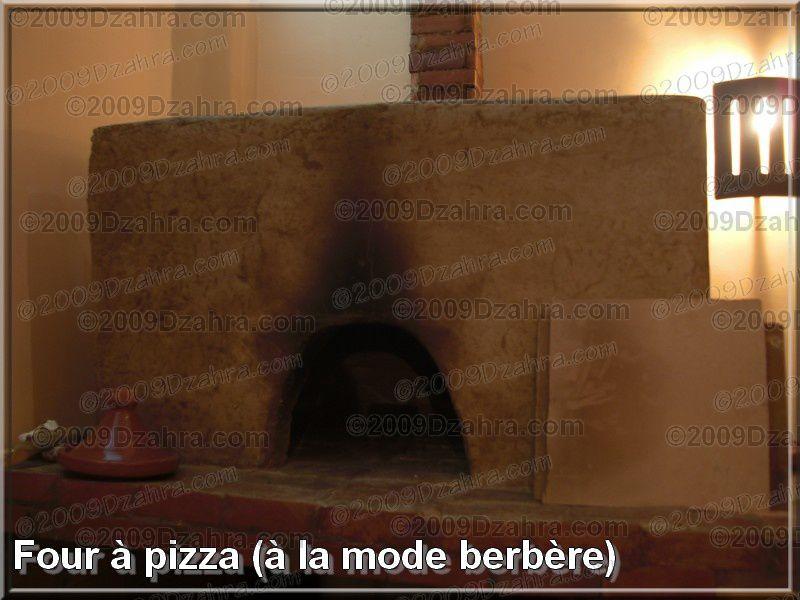 Four berbère reconverti en pizza