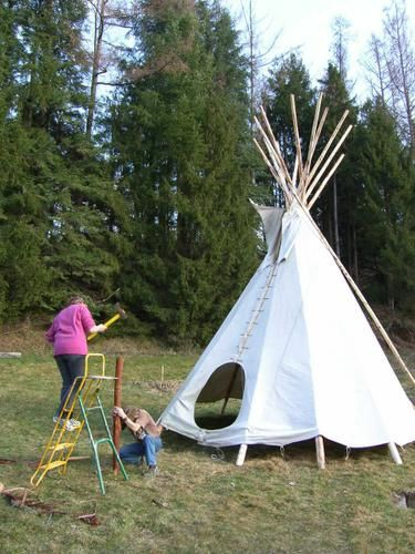 album tipi location d 39 h bergements insolites en dordogne moulin de la jarousse par la. Black Bedroom Furniture Sets. Home Design Ideas