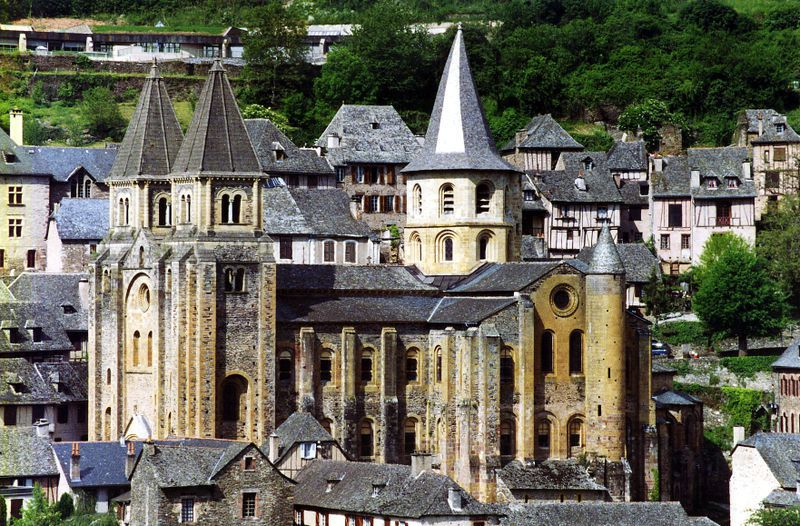 Conques__Aveyron_1_