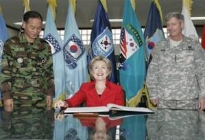 HILLARY-IN-KOREA.jpg