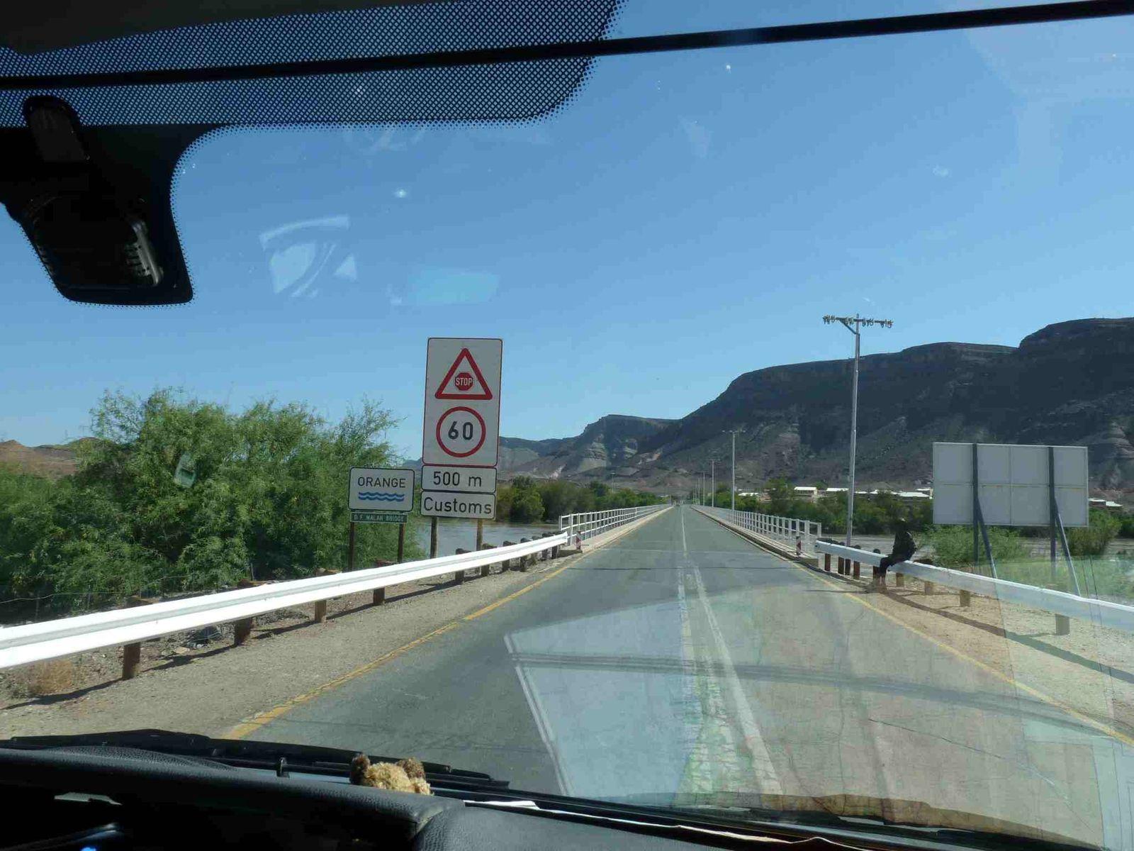 Départ de France en camping-car, arrivée en Namibie 10 mois + tard...