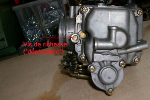 Modification du carbu keihin cv 40 avec jet kit biker cochon - Vis de richesse carburateur ...