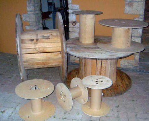 Touret en bois d cor table basse le serviettage de nafeuse - Faire son meuble soi meme ...