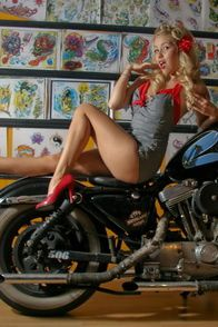 2012-glory-arguello-pin-up-sesion-for-Kustom-Cherries-002-t
