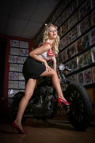 2012-glory-arguello-pin-up-sesion-for-Kustom-Cherries-005-t