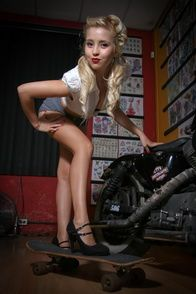 2012-glory-arguello-pin-up-sesion-for-Kustom-Cherries-006-t
