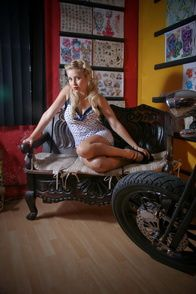 2012-glory-arguello-pin-up-sesion-for-Kustom-Cherries-007-t