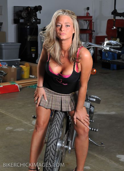 2012 biker hotties Danielle 002 bikerchickimages.com