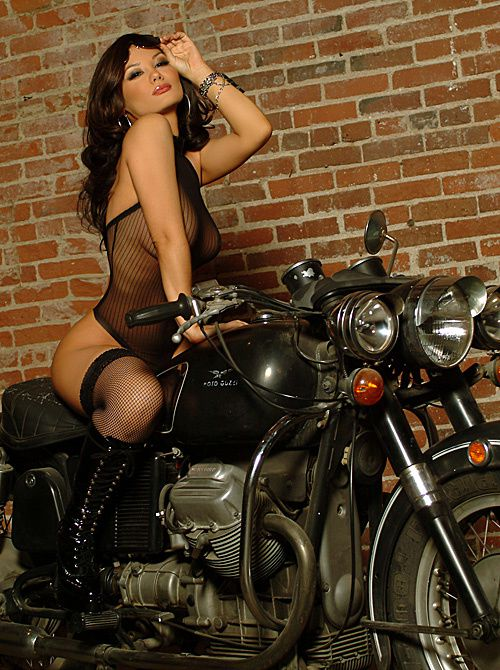 2012 biker chicks lisa marie scott xxx 002 playboy.com