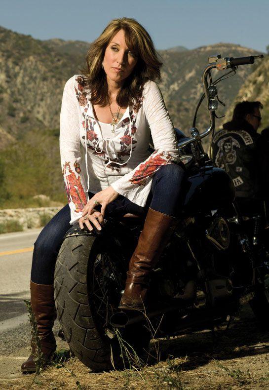 2012 biker chicks katey sagal 004 fullmetalpatriotblog.com