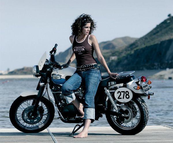 girls_on_bikes_0454.jpg