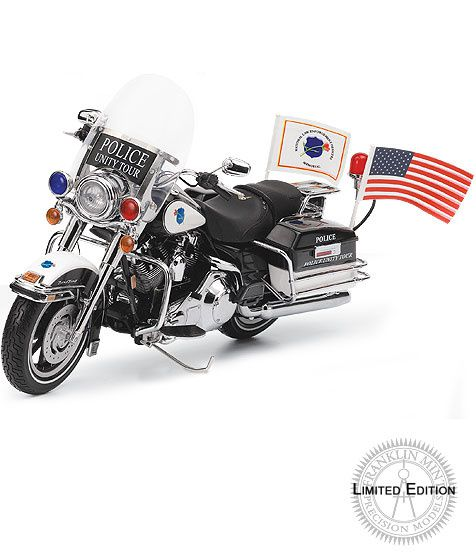 2007 H-D Road King Police Unity Tour - Limited Edition