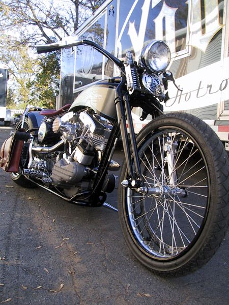 motorcycles builders : Hank Young - Young Choppers & Hot