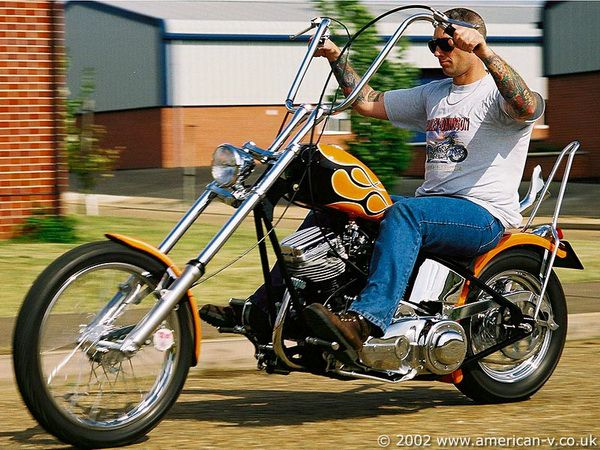 Elvis' Panhead - Words & Pics: Rich King - www.american-v.co.uk