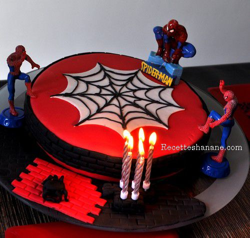 D coration g teau anniversaire gar on spiderman - Deco anniversaire spiderman ...
