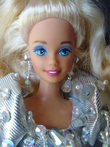 barbie-holiday-1992-3.JPG