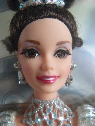barbie-my-fair-lady--embassy-ball3-1995.jpg