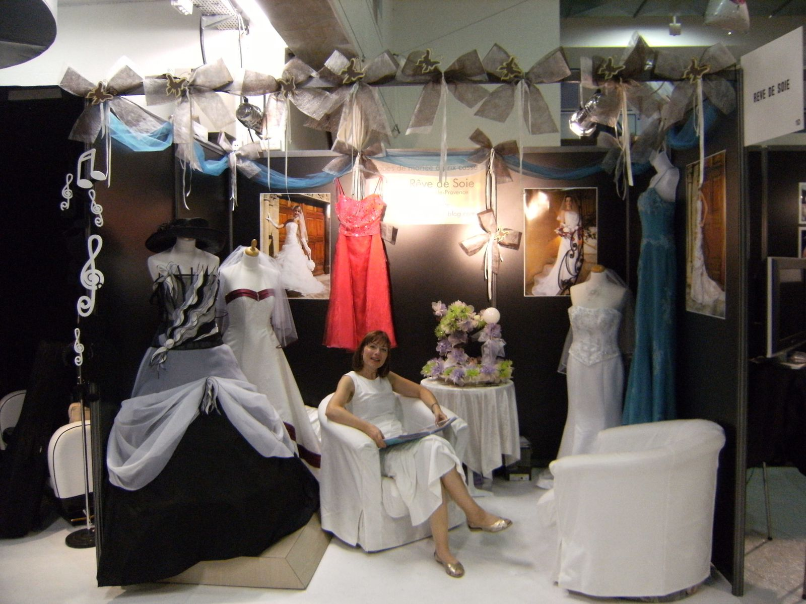 stand photo mariage kx01 jornalagora. Black Bedroom Furniture Sets. Home Design Ideas