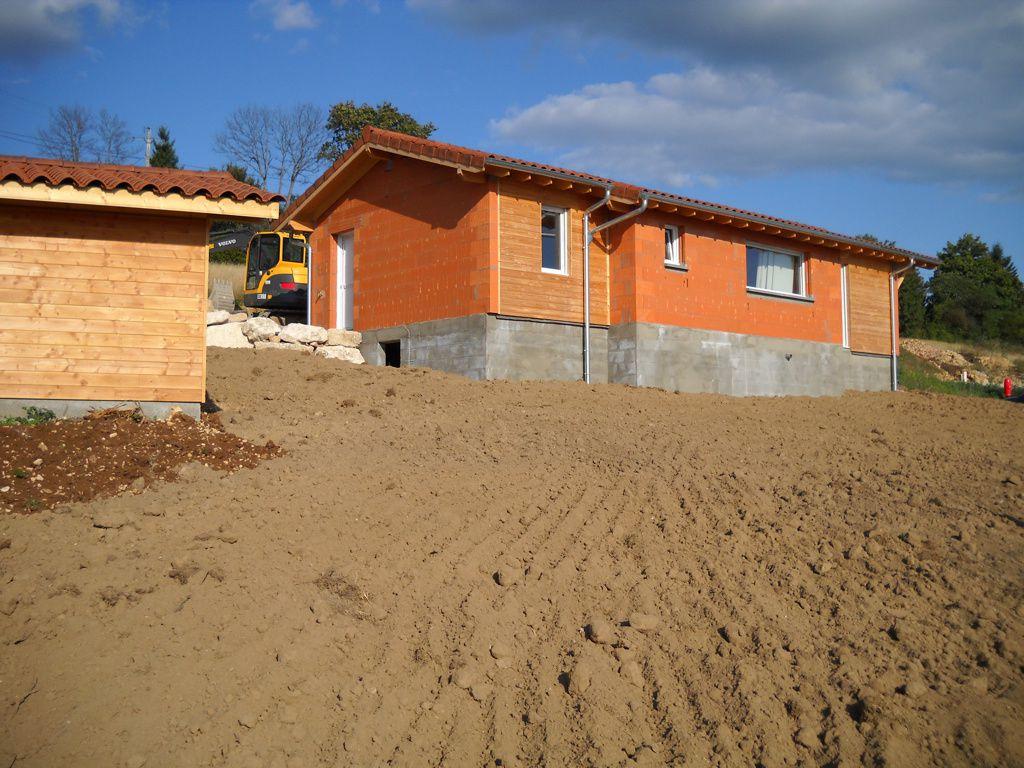 Apr s la vid o voici les photos la maison d 39 emilie et for Terrain nord