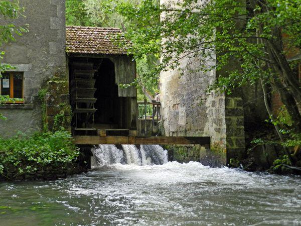 Moulins-l-Eveque-2013-05-30--18-.JPG