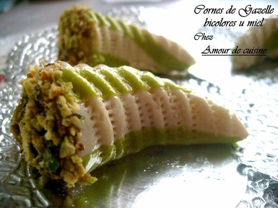 Cornes_de_Gazelle_bicolore_au_miel.jpg